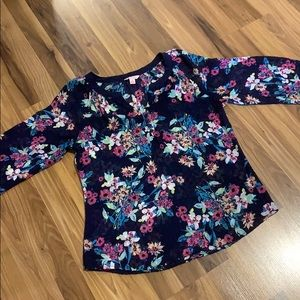 ‼️Navy Floral Blouse